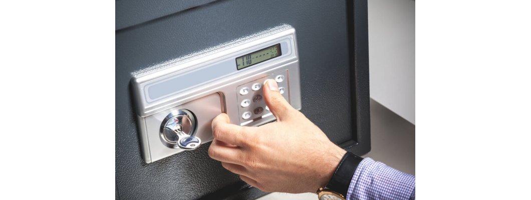Как да отворите сейф, ако сте забравили кода или сте загубили ключа