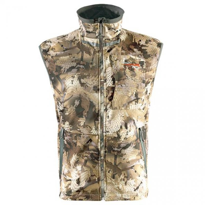 Sitka Dakota Vest in Waterfowl marsh